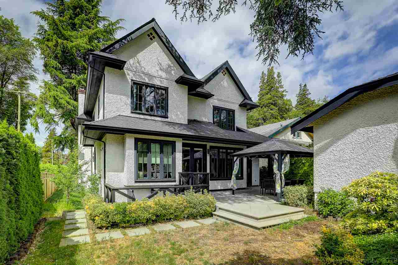[LEASED] Vancouver West – Kerrisdale – 4 Beds – 5 Baths – 4500 ft2 – Luxury House