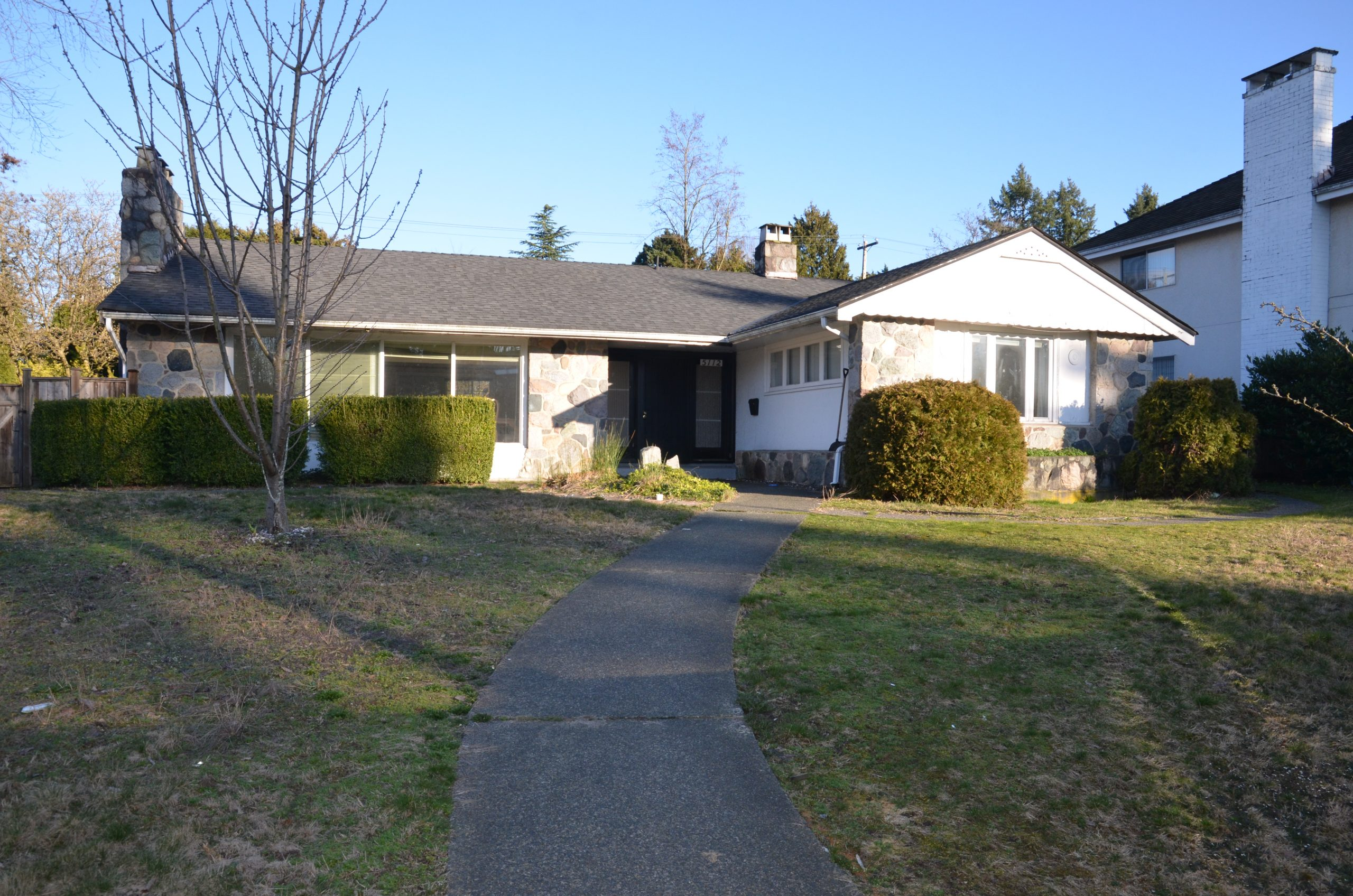 [LEASED] Vancouver West – Shaughnessy – 4 Beds – 2 Baths – 2000 sq ft – Ultra Luxury House