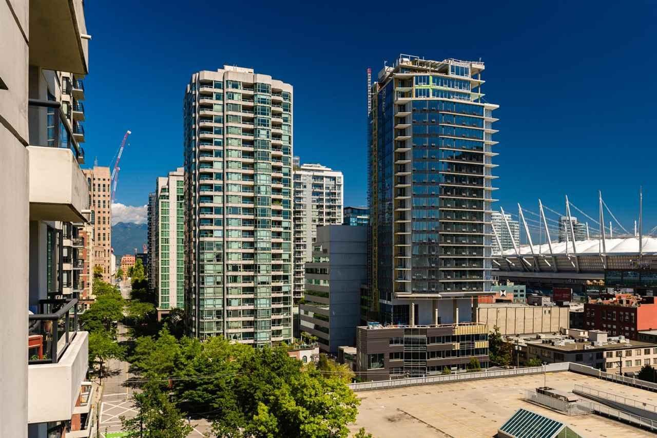 [LEASED] Yaletown Park 3 – Vancouver Downtown Yaletown – Corner Unit – Gorgeous City View – 1 Bed – 1 Bath –  Beautiful Modern Condo