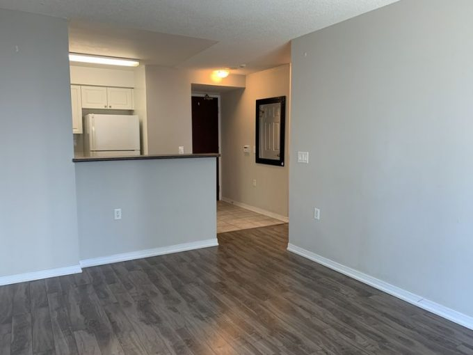 [LEASED] Toronto North York Yonge and Finch – 1 Bed 1 Bath Parking Locker – All Utilities Included – 650 sq ft – South Facing Bright Condo
