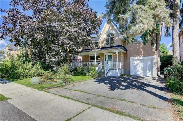 [LEASED] Willowdale North York Toronto – 4 Beds 3 Baths – Spacious House Huge Lot